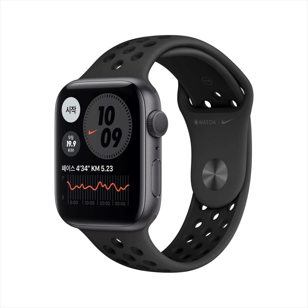 Apple Watch Series 6 Nike GPS 44mm 스페이스그레이 알루미늄 케이스, 그리고 안트라/블랙 Nike 스포츠 밴드 (MG173KH/A)